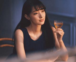 宮本茉祐さんの美人すぎる写真!梅酒CMでの表情