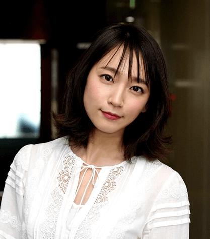 吉岡里帆さんは京都出身ですが家族影響で広島カープのファン
